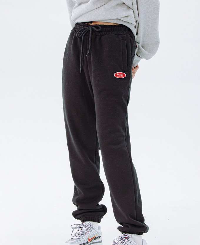 [20FW NEW]DAYLIFE LOGO SWEAT PANTS (BLACK)