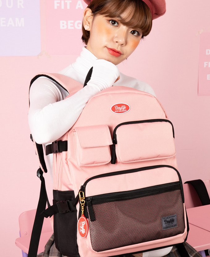 DAYLIFE MULTI POCKET BACKPACK(PINK)feat. EXOシウミン着用カバン